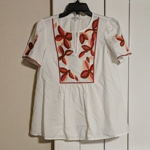 Embroidered flouncy blouse